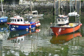 England-Cornwall-Polperro-fishing boats