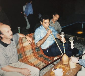 Shiraz-Irán-Café-Narguilé