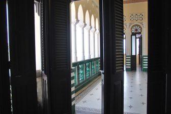 Dentro Palacio de Valle a Cienfuegos
