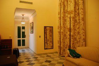 キューバのハバナにあるホテル・フロリダの部屋