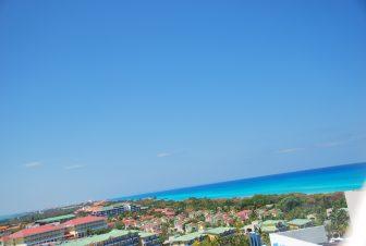 Il cielo ed il mare di un bellissimo blu a Varadero