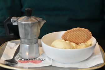 エディンバラのVittoriaレストランのデザート