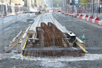 the road work in Elm Row in Edinburgh