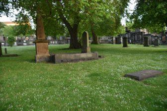 墓場ツアーで訪れたグレイフライヤーズ・カークヤード