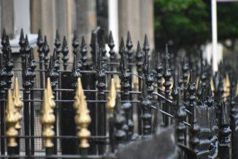 Scotland, Edinburgh – brown windows, 2010