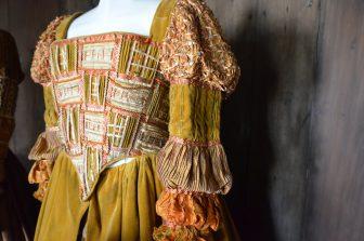 Un abito molto elaborato