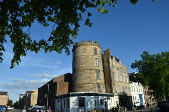 Fishers restaurant in Leith located in the old signal tower