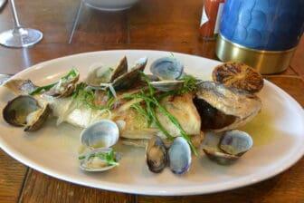 マーゲイトのレストラン、Buoy and Oyster の「この日の魚」